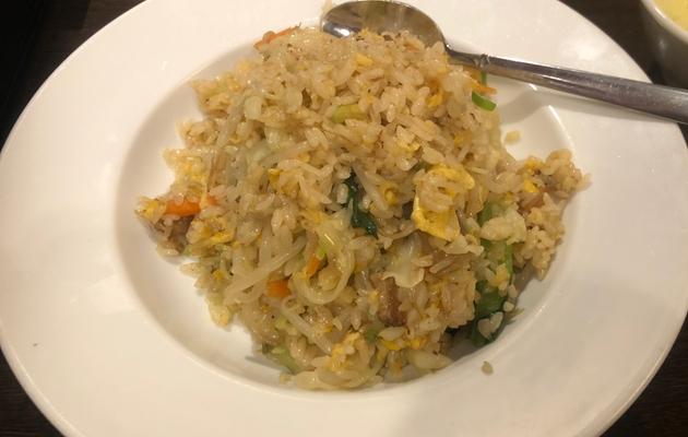 野菜たっぷり豚角煮炒飯(948円)