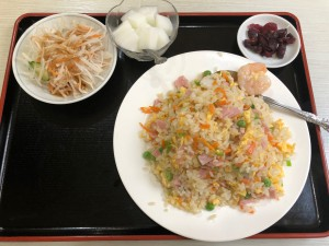 五目チャーハン+半ラーメン(750円)