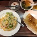 カニ炒飯+餃子定食(850円)