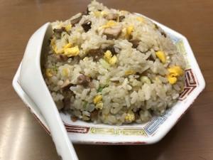 チャーハン(550円)