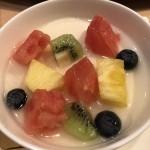フルーツ入り杏仁豆腐